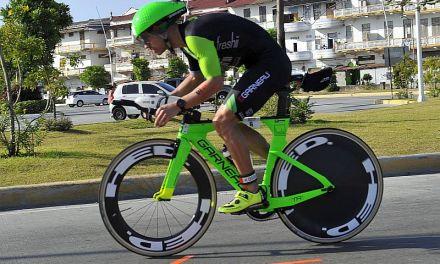 Prestazione eccezionale in bici di Lionel Sanders all'Ironman 70.3 Panama!