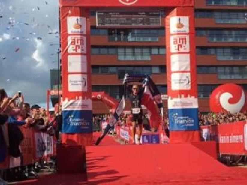 Yvonne van Vlerken si laurea campionessa europea Triathlon Long Distance 2017 al Challenge Almere-Amsterdam