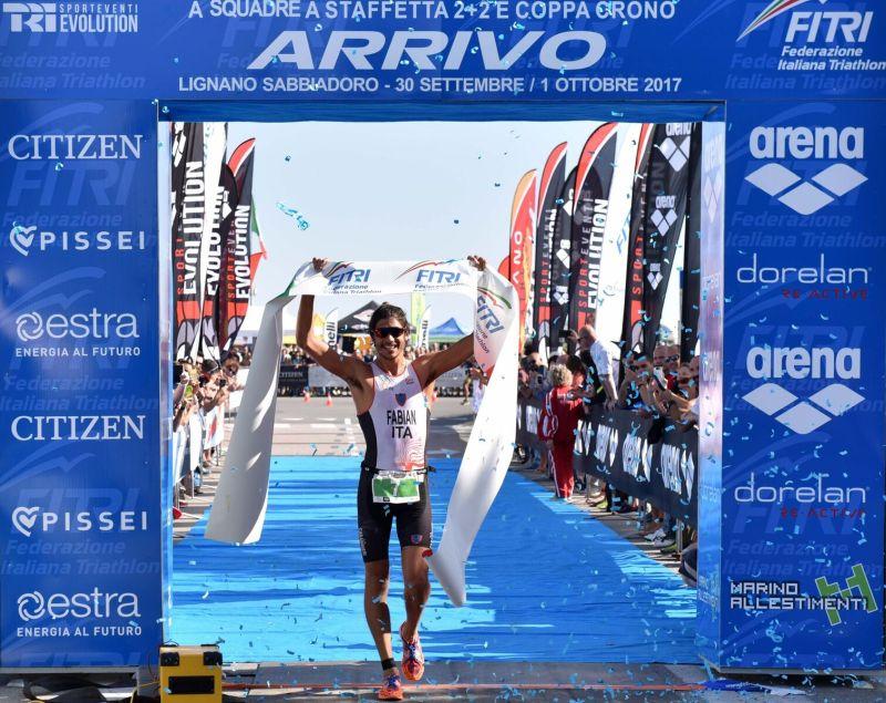 Alessandro Fabian: «Cado, mi rialzo e vinco gli Italiani di triathlon sprint»