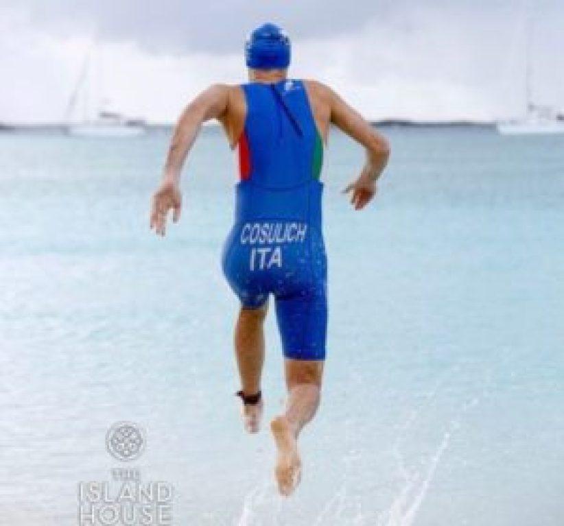C'è anche l'Italia nell'albo d'oro del The Island House Triathlon 2017: Tim Cosulich è primo tra i non professionisti (Foto ©The Island House Triathlon)