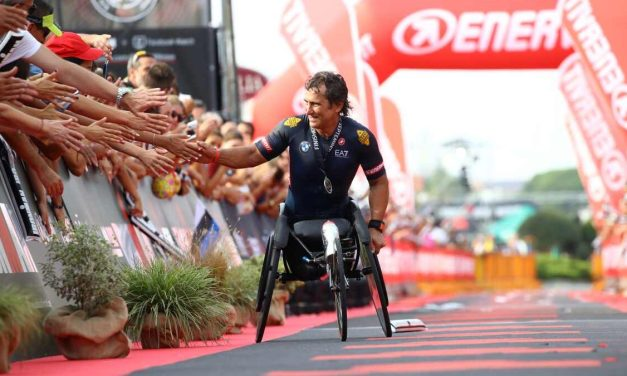 La nuova sfida di Alex Zanardi: all'Ironman Italy proverà a centrare il double. Tra scienza e cuore.