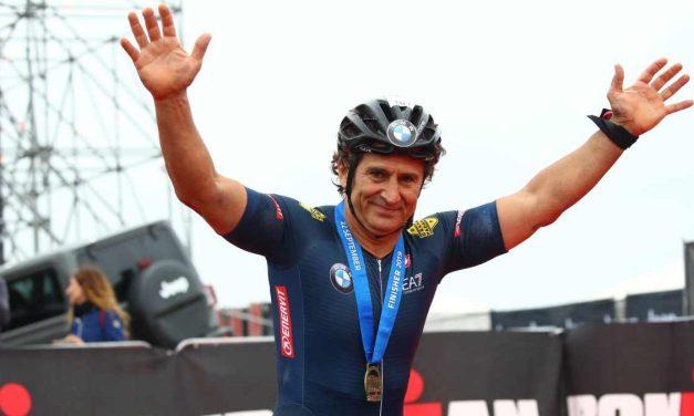 Immenso Alex Zanardi: nell'Ironman Italy centra double e nuovo record mondiale!