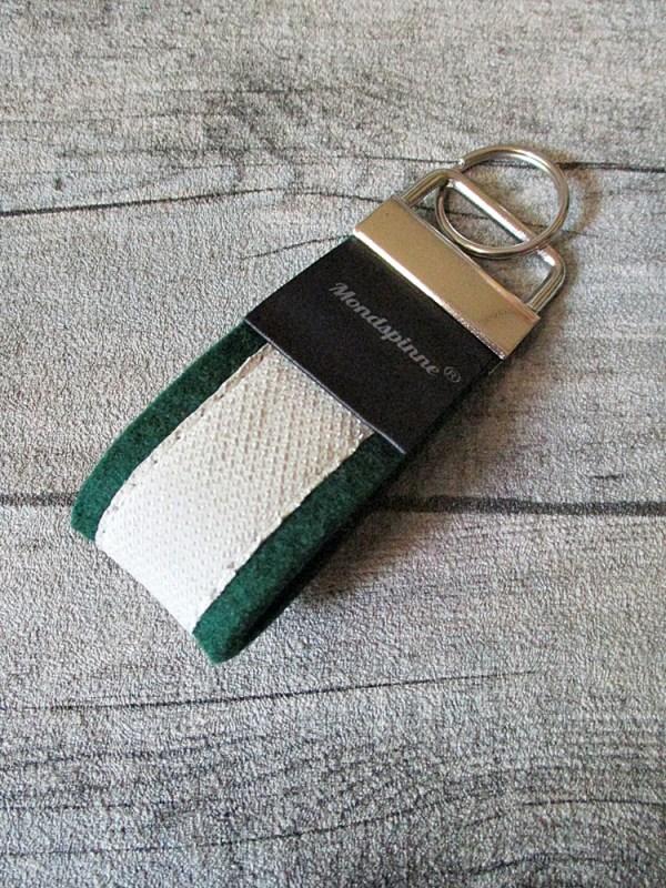 Schlüsselanhänger de luxe dunkelgrün grün weiß Wollfilz Leder - MONDSPINNE