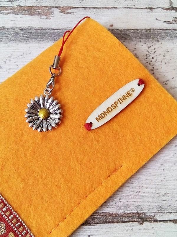 """Brillenetui """"Blüten"""" (sonnengelb-rot-gold) aus Filz mit Charm - MONDSPINNE"""