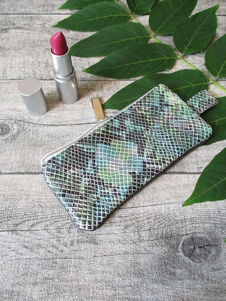 Kosmetiktasche Python klein grün-graubraun-silber Ziegenleder Kalbsleder - MONDSPINNE
