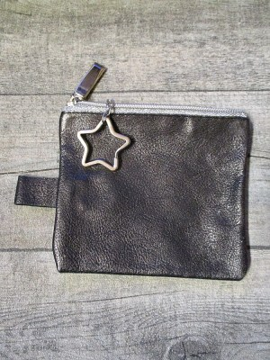 Schlüsseltasche Sternenstaub schwarz-silber Leder - MONDSPINNE