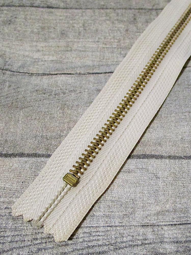 Reißverschluss creme messing 18 cm lang 3 cm breit YKK - MONDSPINNE