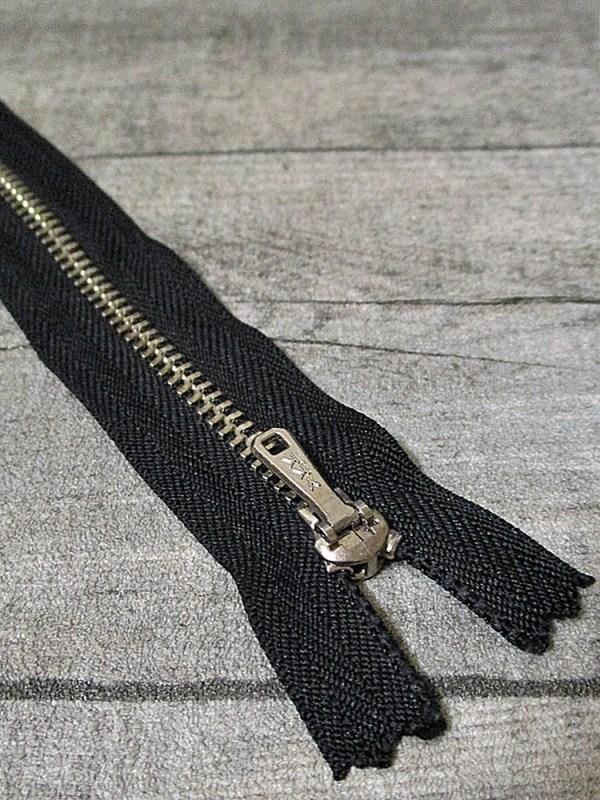 Reißverschluss schwarz altsilber 16 cm lang 2,7 cm breit YKK - MONDSPINNE