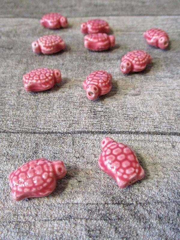 Porzellanperlen Großlochperlen handgefertigt koralle Schildkröte 18x14x9 mm Lochgröße 2 mm - MONDSPINNE