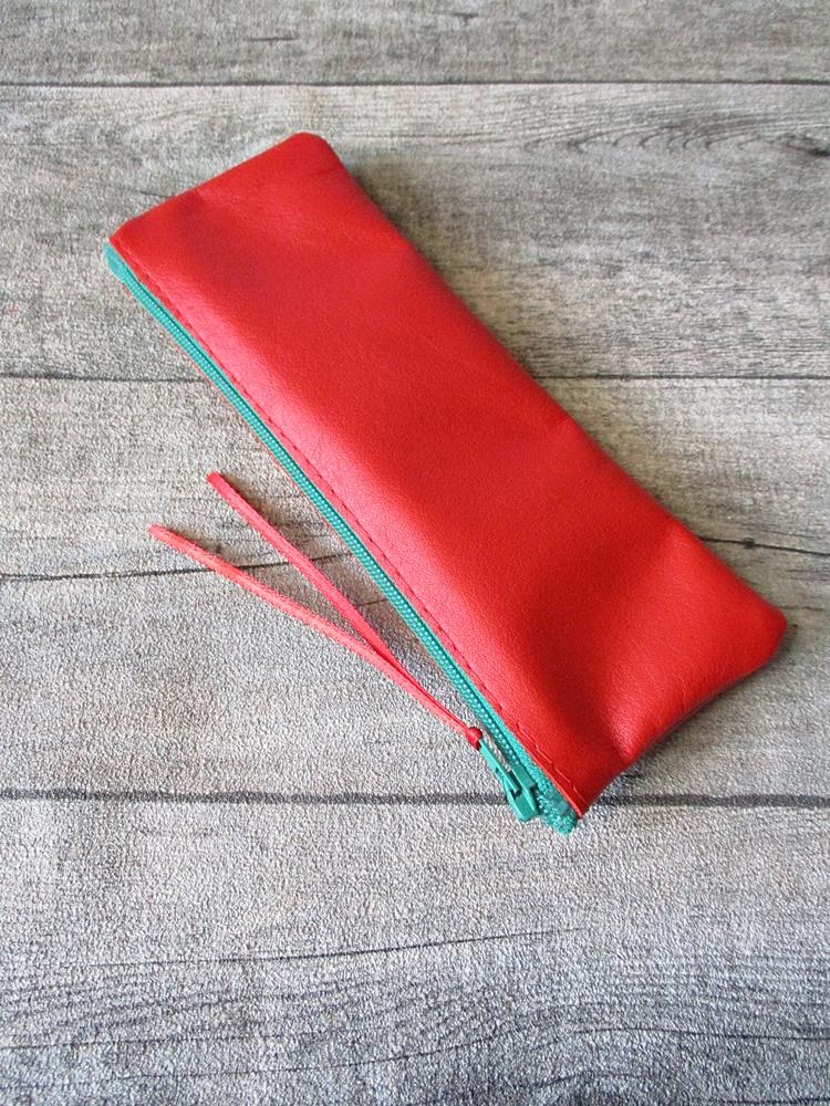 Federmäppchen Stiftemäppchen rot-grün Leder - MONDSPINNE