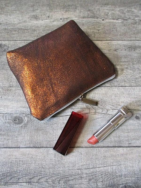 Kosmetiktasche kupfer-silber mit Boden Kalbsleder - MONDSPINNE