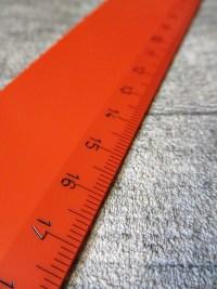 Lineal 30 cm rot Kunststoff Wenco - MONDSPINNE