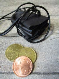 Mini-Lederbeutel schwarz Schafleder - MONDSPINNE