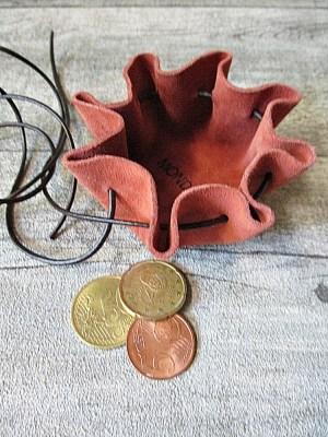 Mini-Lederbeutel terracotta braun Wildleder - MONDSPINNE