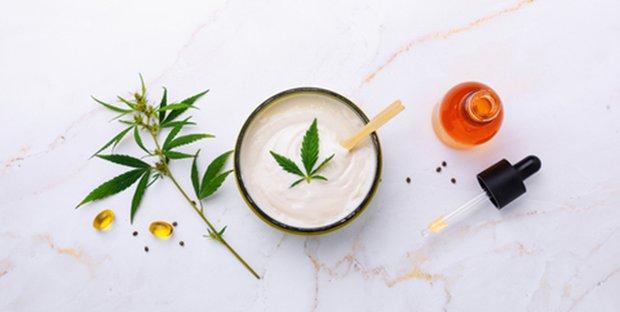 CBD beauty: il derivato della cannabis nuovo alleato di bellezza