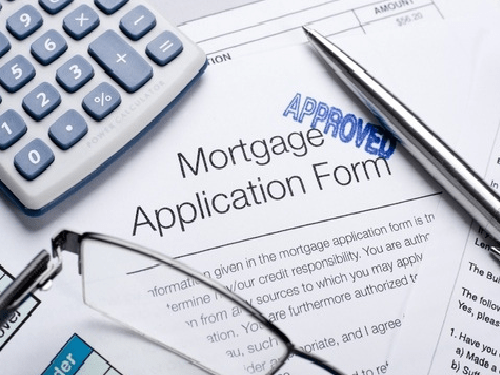 Struggling To Get A Mortgage? Top Tips For Getting On The Housing Ladder