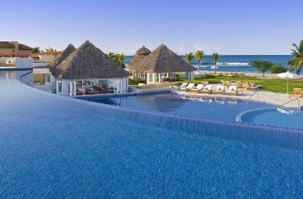 Wealthy Vacation Spots Boom