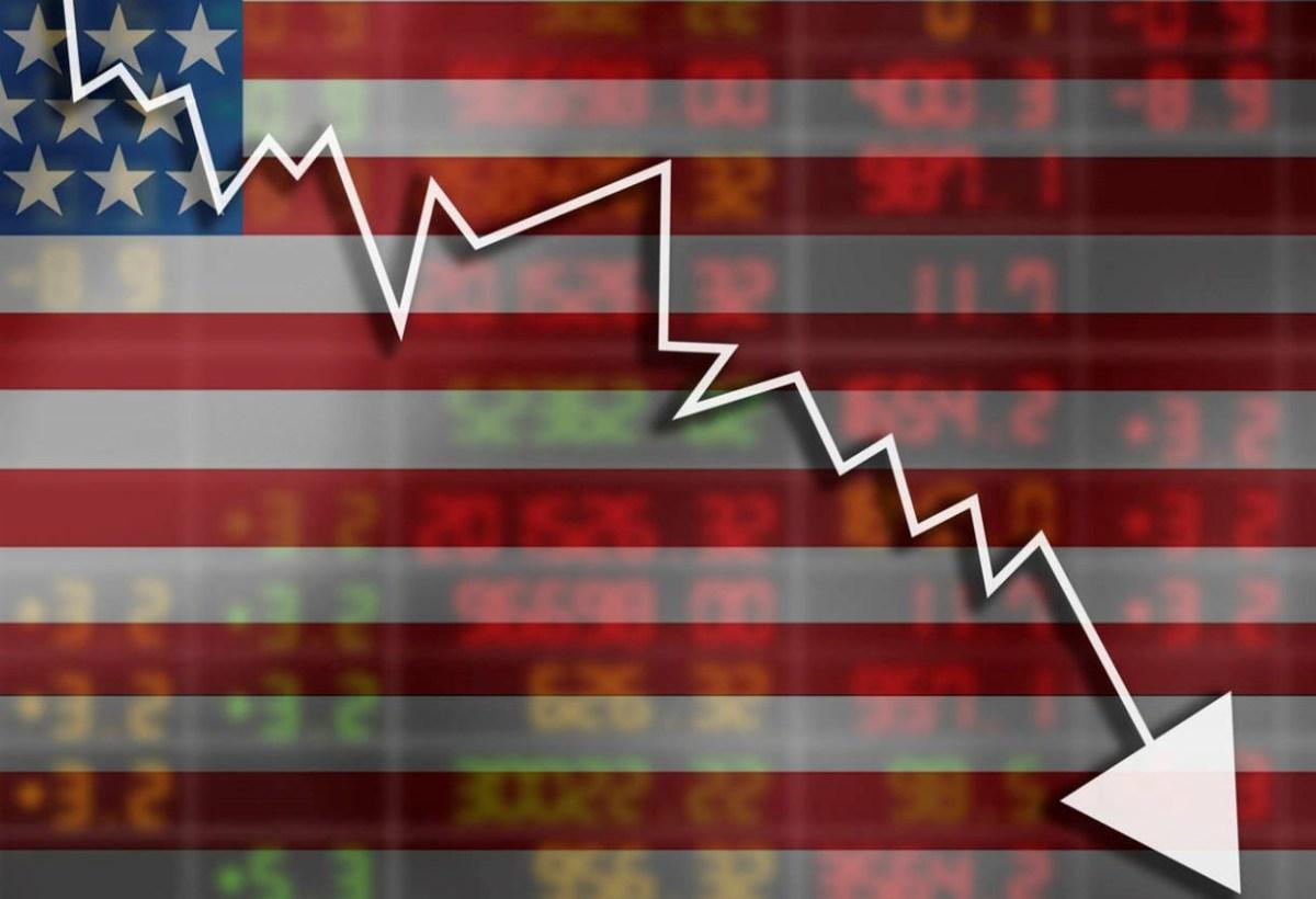 Markets Slump on Growth and Housing Data