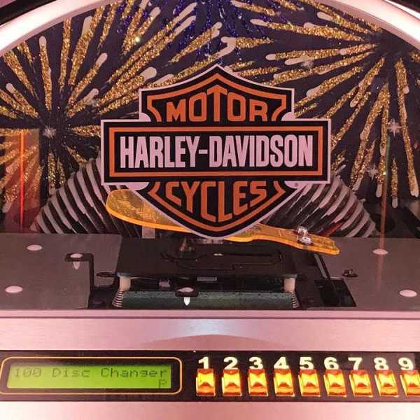 Rock-Ola Bubbler Harley-Davidson CD Jukebox Brushed Aluminum Mechanism | moneymachines.com