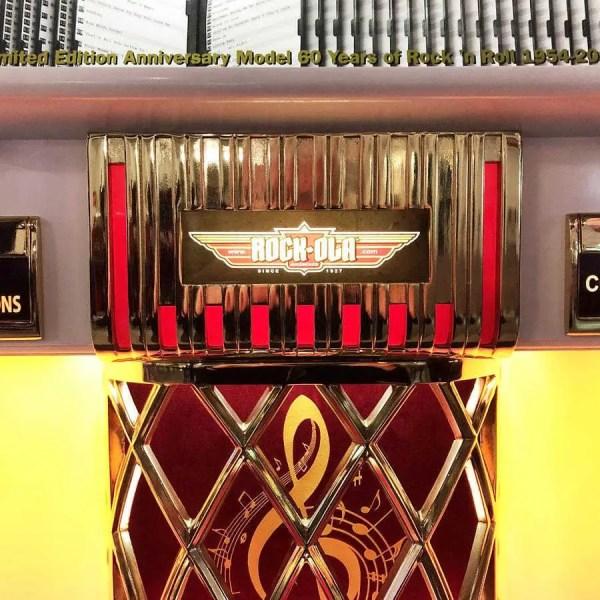 Rock-Ola Elvis Jukebox Grill | moneymachines.com