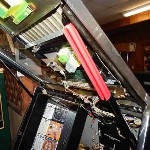 Rowe Jukebox Door Hydraulic Piston Support In Use | moneymachines.com
