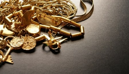 Mixed gold jewellery