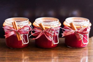 moneymagpie_christmas-cranberry-jelly-jars-gifts