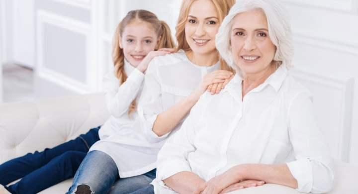 3 generations (mother, daughter and grandaughter)