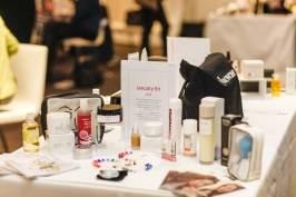 beauty products, makeup, cosmetics, eye shadow, lipstick, blusher, foundation, nail varnish, make money from home, mumpreneur, mums make money, avon,