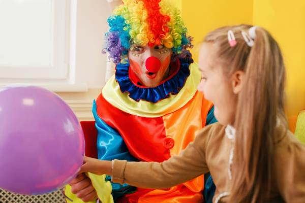 Clown at childrens party