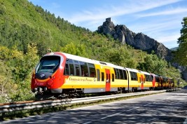 How students can save money on train travel