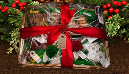 The Best Value Christmas Hampers for Under...