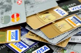 What are the benefits of using a credit card?
