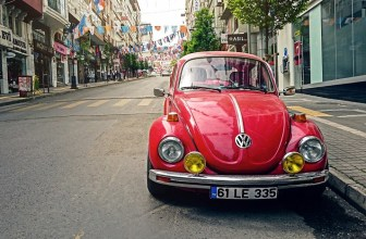 6 pros and cons of investing in a classic car