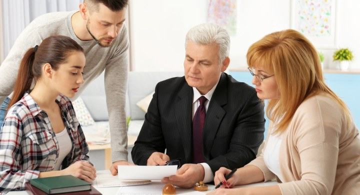 Family meeting with lawyer to arrange a will