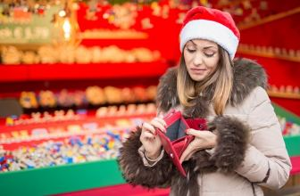 Have a 'no-cash Christmas' with these clever ideas!