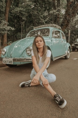 How to help your teen save up for their first car