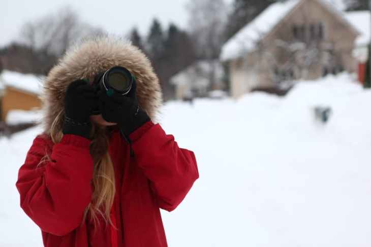 photographer in snow