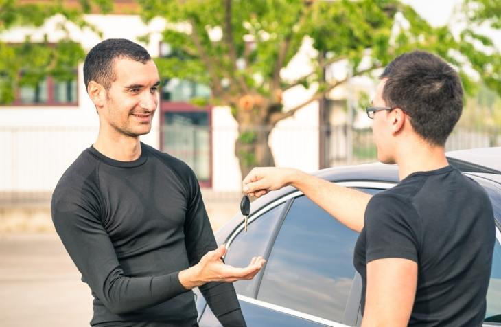 5 Tips for First Time Car Insurance Buyers