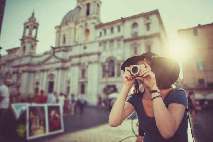 Best beginner mirrorless cameras for those on a budget