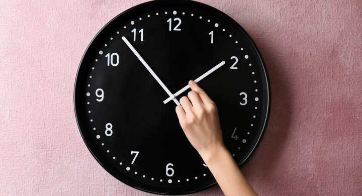 Set working hours for a work/life balance