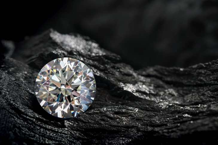 Fake diamonds are a great way to look good on a budget