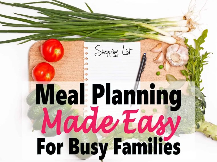 Meal Planning Made Easy For Busy Families ~ Meal planning is seriously one of the easiest ways to save money and time in the kitchen. Who can't use a bit of help in the kitchen? Read on to learn how to make meal planning quick and easy. meal planning   grocery saving   grocery budget   save money   money   recipes #mealplanning #cheapmeals #recipes