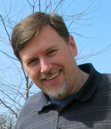 Steve MoneyPlanSOS Stewart - blue background