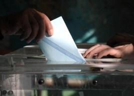Δημοσκοπήσεις-«κόλαφος» για Μαξίμου: Ξεκάθαρη υπεροχή ΝΔ