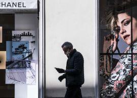 Στη «μάχη» της μάσκας ο οίκος Chanel