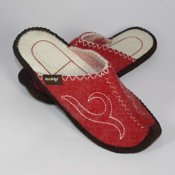 Hausschuhe aus Filz - Schlappen mit Ledersohle und hochgestellter Spitze für Damen und Herren in der Farbe Rot - Classic Mongs Rot
