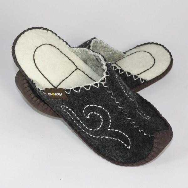 Schlappen aus Filz mit Ledersohle und hochgestellter Spitze für Damen und Herren in der Farbe Schwarz - Classic Mongs Schwarz