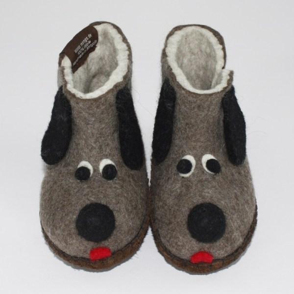 Warme Hausschuhe aus Filz mit Ledersohle für Babies und Kinder als Hundemotiv in der Farbe Braun - Baby Dogs Braun