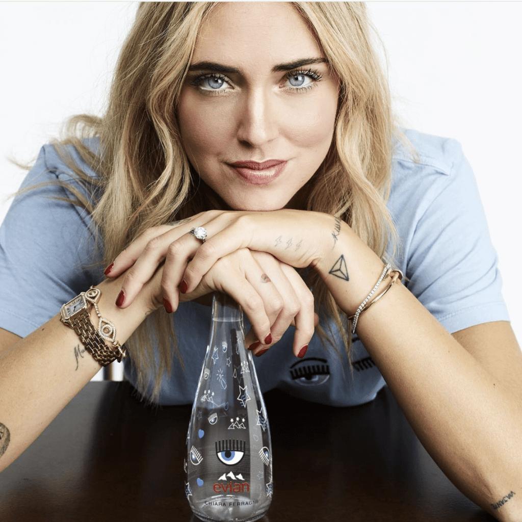 Chiara Ferragni e l'acqua Evian griffata